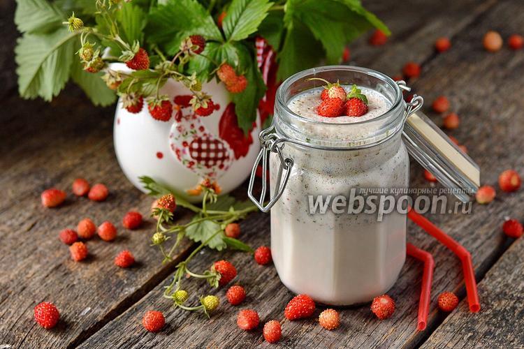 Фото Молочный коктейль с земляникой