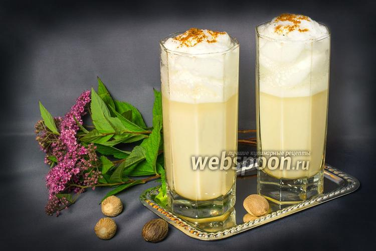 Рецепт Коктейль эгг-ног мускатный с ромом