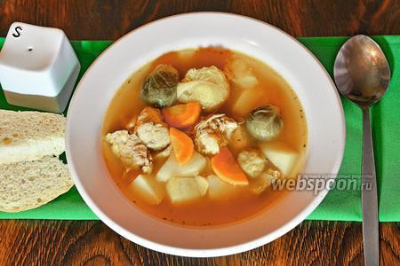 Суп с брюссельской капустой и тушёнкой