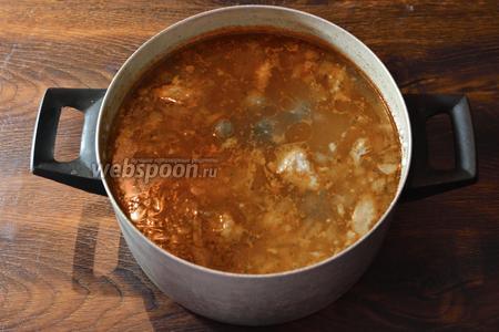 Супу лучше всего дать ещё немного настояться, а затем подавать на стол. Приятного аппетита!
