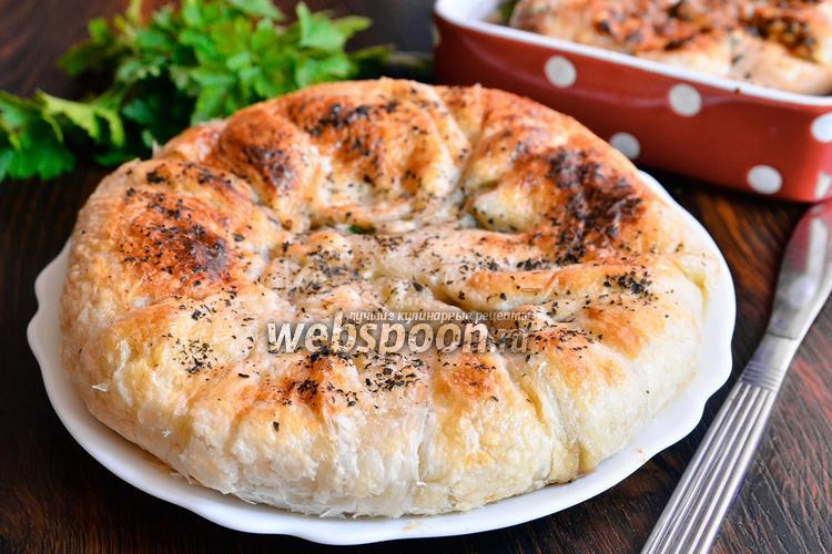 Рецепт Осетинский пирог с зеленью, грибами и фаршем