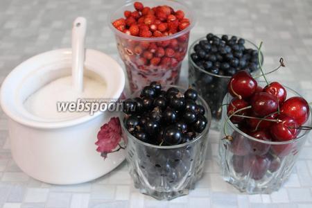 Для приготовления желе взять ягоды, сахар и воду.