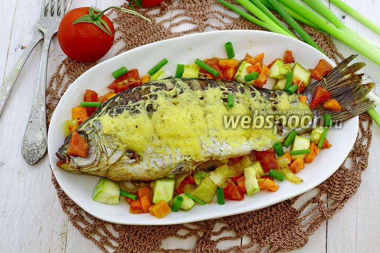 Рецепт Карась с овощами под сырной корочкой