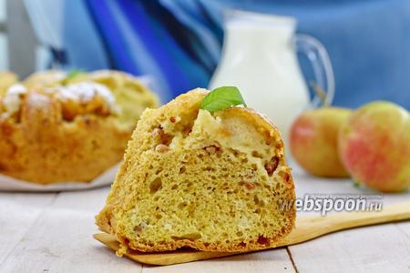 Лимонный пирог с белой смородиной и яблоком