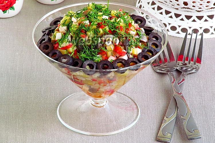 Рецепт Салат с грибами и крабовыми палочками