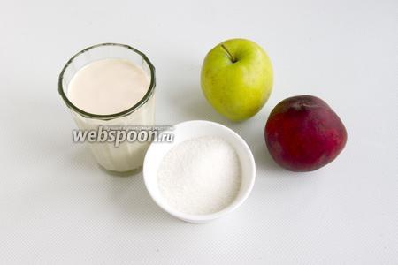 Подготовьте свежую ряженку, спелые персики, яблоко, сахар.