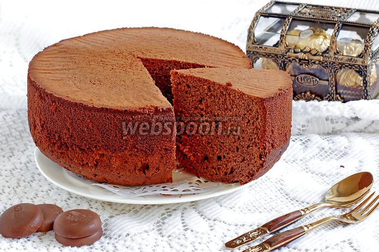 Фото Шоколадный бисквит со сгущёнкой и шоколадной пастой