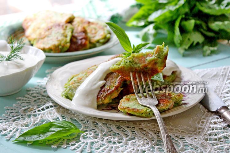 Рецепт Зелёные оладьи с рыбой