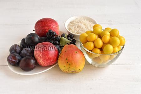 Для работы нам понадобятся яблоки, груши, сливы, алыча, черноплодная рябина, сахар.