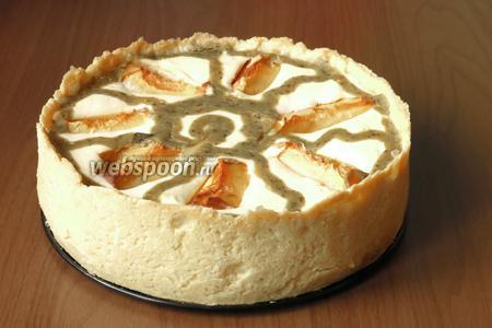 Достаём торт через 30-60 минут после приготовления. Выдержим его в духовке с приоткрытой дверцей. Снимаем форму. Охлаждаем в холодильнике.