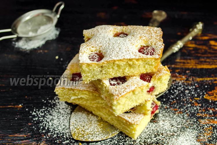 Рецепт Бисквитный пирог с малиной
