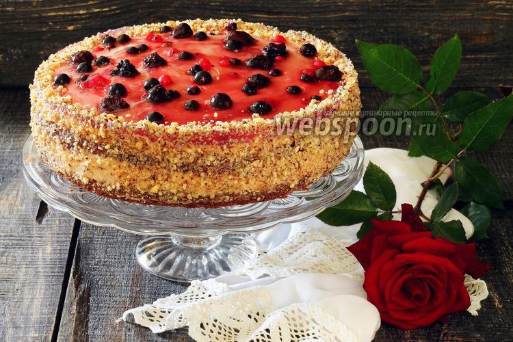 Фото Торт ягодный с зефирным муссом