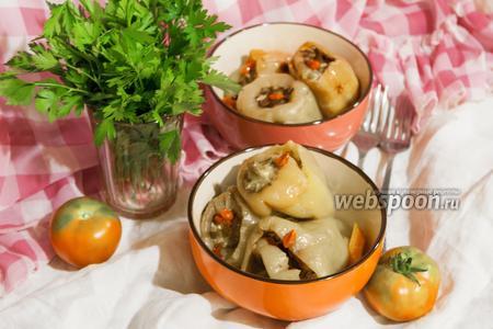 Перец фаршированный куриным филе, рисом, мангольдом и годжи