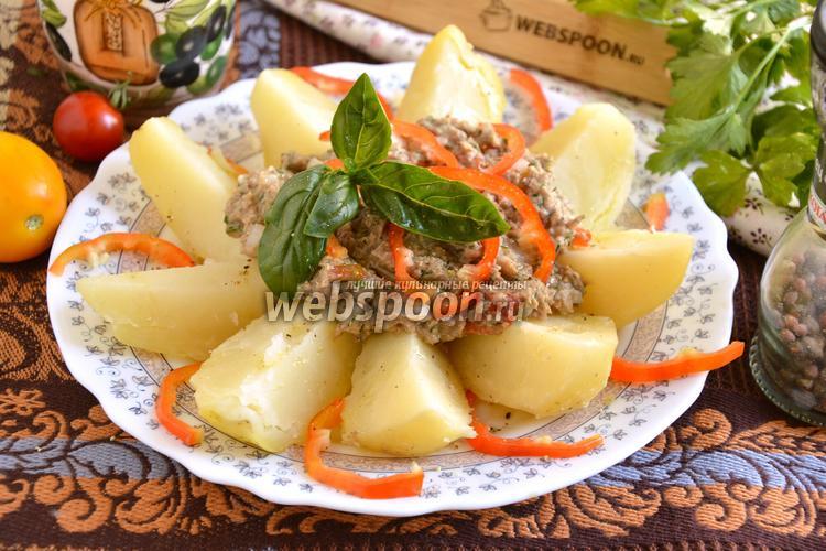 Рецепт Картофель с соусом из сайры