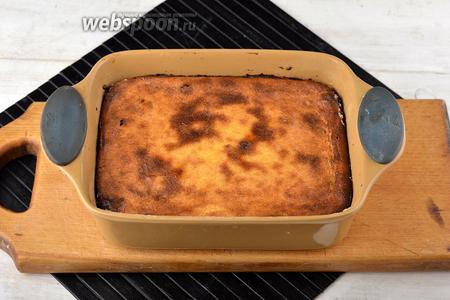Готовить в предварительно разогретой до 160°С духовке приблизительно 40 минут.