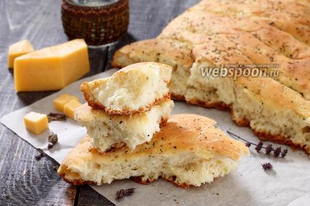 Фокачча с сыром и луком