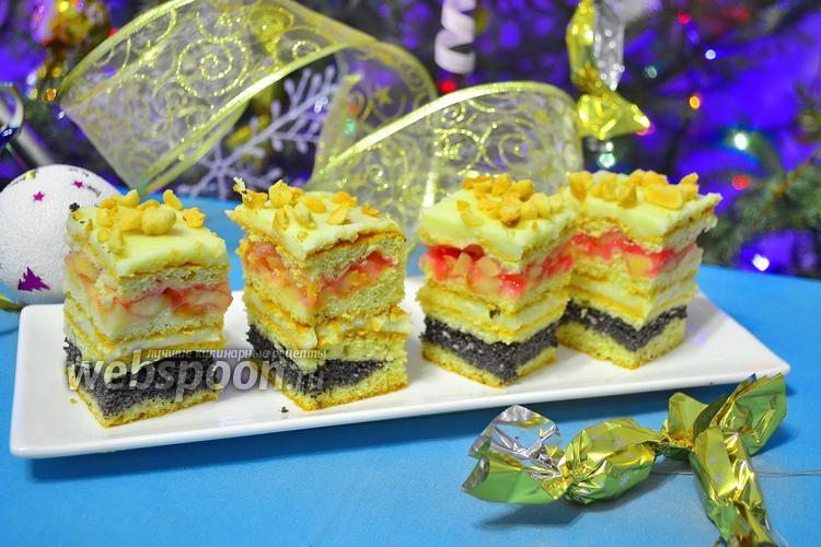 Фото Пляцок с яблоками «Иванка»