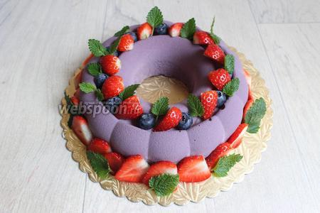 Тортик украсила по весеннему.