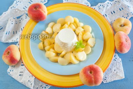 Рикотта с персиками
