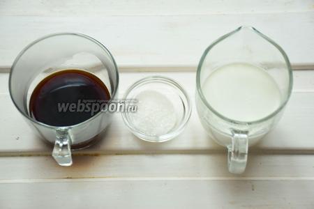 Ингредиенты: сливки 10%, кофе эспрессо, сахар ванильный.