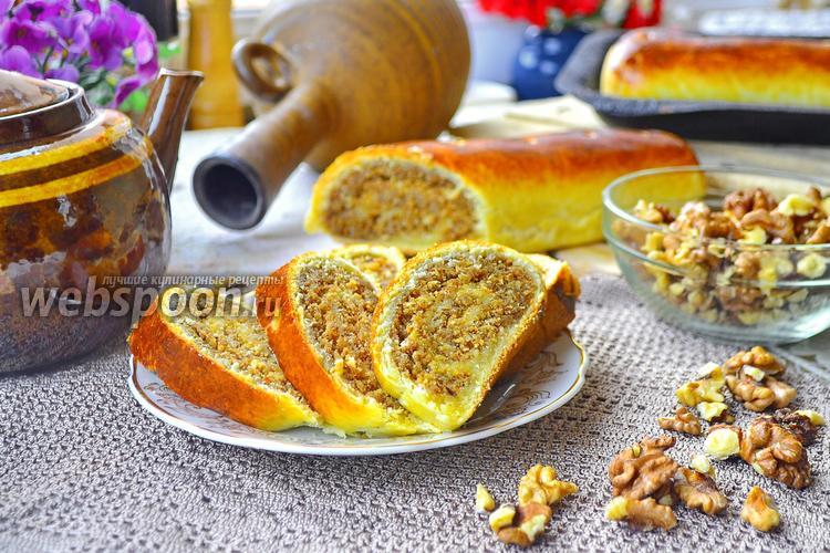 Фото Рулет с ореховой начинкой