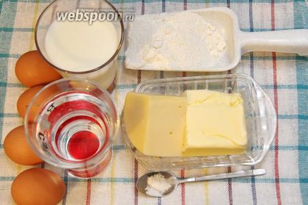 Для приготовления нам понадобится молоко, вода, сыр, соль, масло сливочное, мука, яйца.