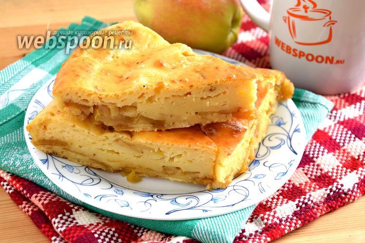 Фото Заливной пирог с яблоками