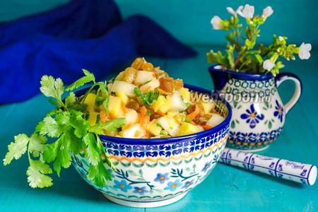 Салат из квашеных яблок