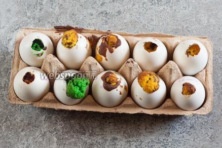 Выпекаем яйца на нижнем уровне духовки при температуре 180°С 35 минут.