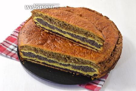 Нарезайте пирог полностью остывшим.