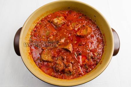 Блюдо готово. Подавать к обеду с отварным рисом или картофельным пюре.
