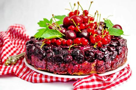 Французский пирог с вишней