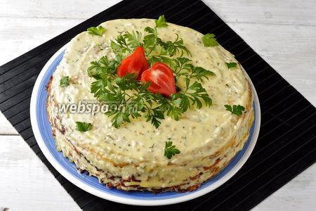 Кабачковый торт с плавленым сыром готов.