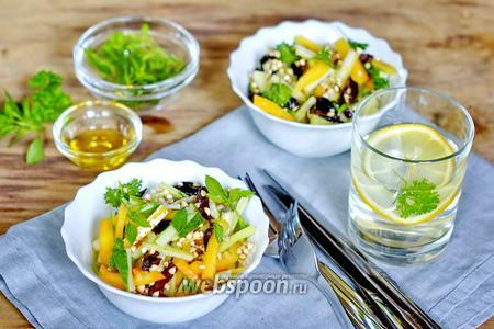 Салат с зелёной гречкой