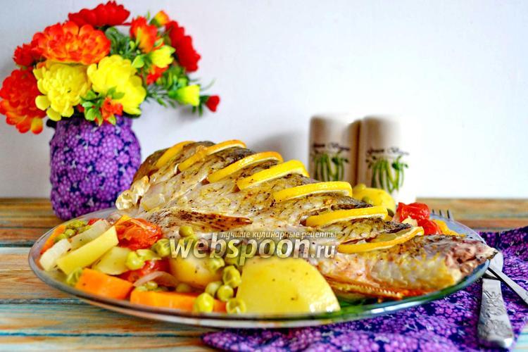 Фото Карась в духовке с картошкой