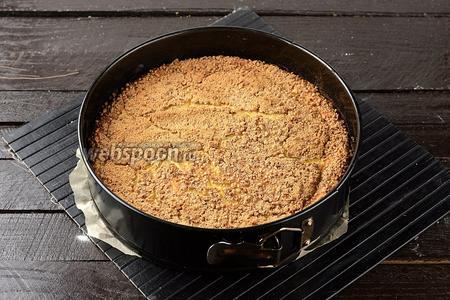 Готовить в предварительно разогретой до 180°С духовке приблизительно 35-40 минут.