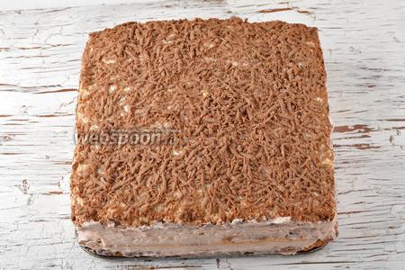 Торт Вышиванка готов. Перед подачей торт должен настояться в холодильнике минимум 24 часа.