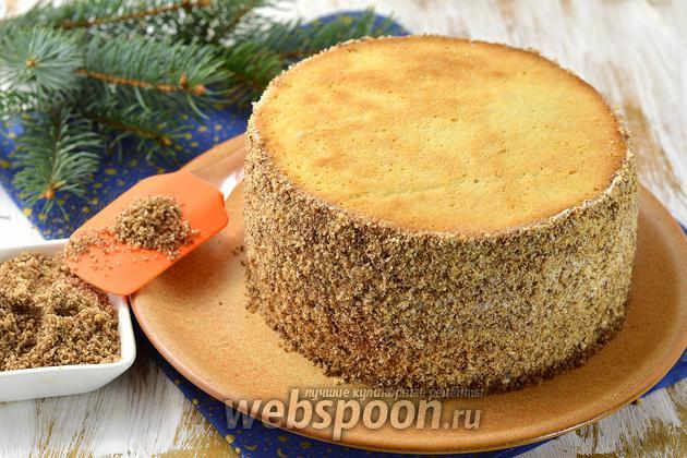 Фото Как обсыпать бока торта