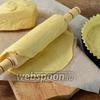 Фото совета Как перенести тонкое тесто в форму