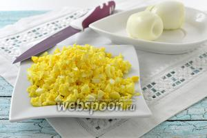 Фото совета Как измельчить варёные яйца за несколько секунд