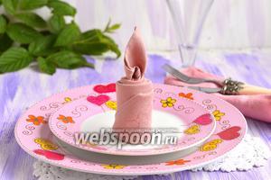 Фото совета Как сложить салфетку в виде свечи