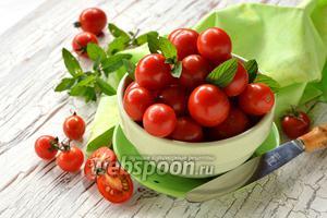Фото совета Как быстро нарезать помидоры черри