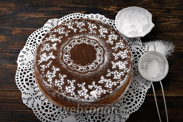 Фото Как украсить торт с помощью трафарета