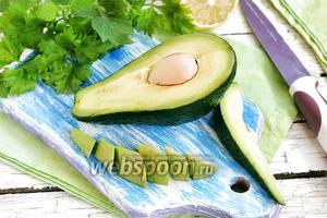 Фото совета Как чистить авокадо