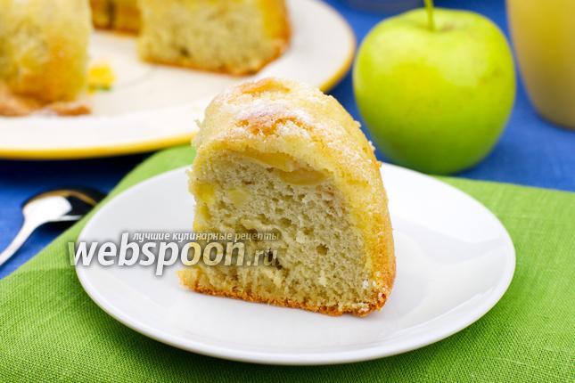 Фото Шарлотка с яблоками