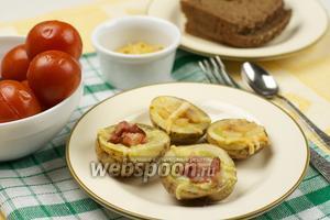 Запеченный картофель с сыром и салом