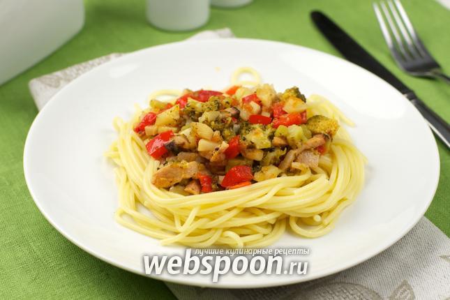 Фото Спагетти c беконом и овощами