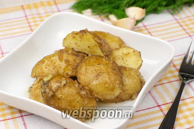 Фото Молодой картофель в сухарях