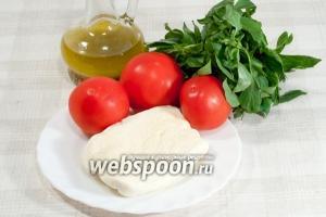 Вам понадобится: 3 средних помидора, сыр Брынза, базилик,  Ароматное масло .