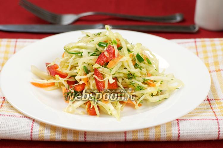 Фото Салат из капусты и болгарского перца